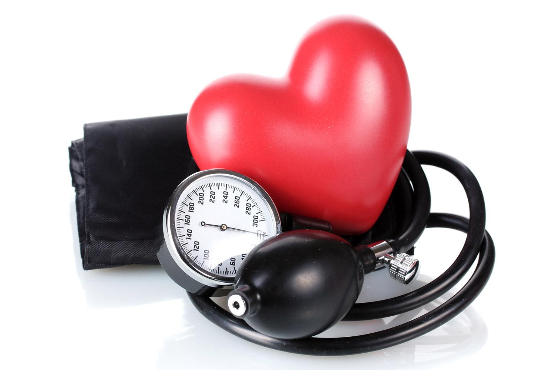 Efeito da pressão arterial sistólica e diastólica nos desfechos cardiovasculares